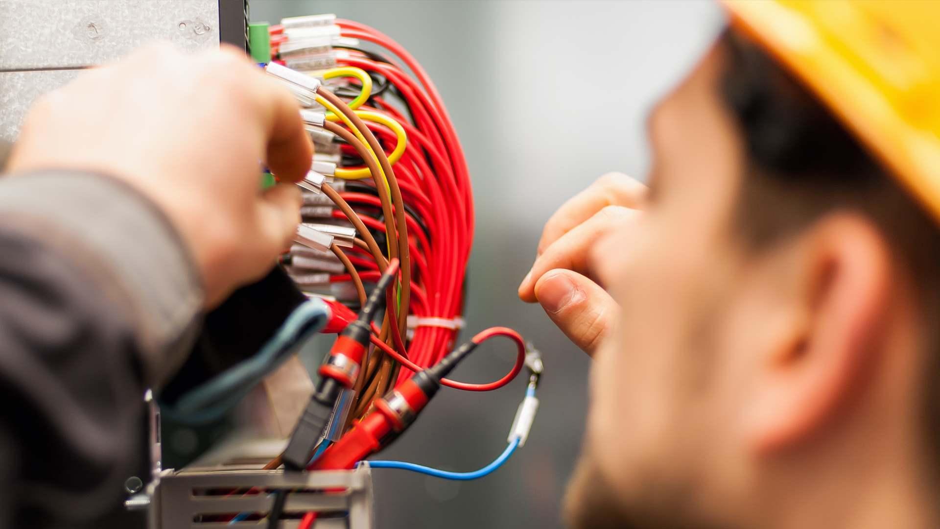 Impianti elettrici e di condizionamento civili